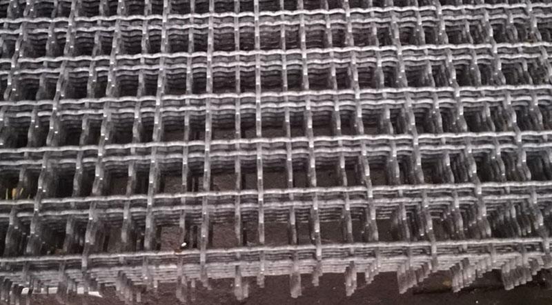 Reti elettrosaldate, ondulate e lamiere forate